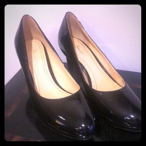 Cole Haan Nike Air black patent leather heels new